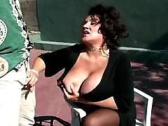 Chubby mom gets hard fuck outdoor