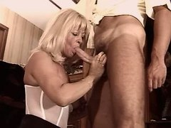 Elder mom does blowjob n gets fuck